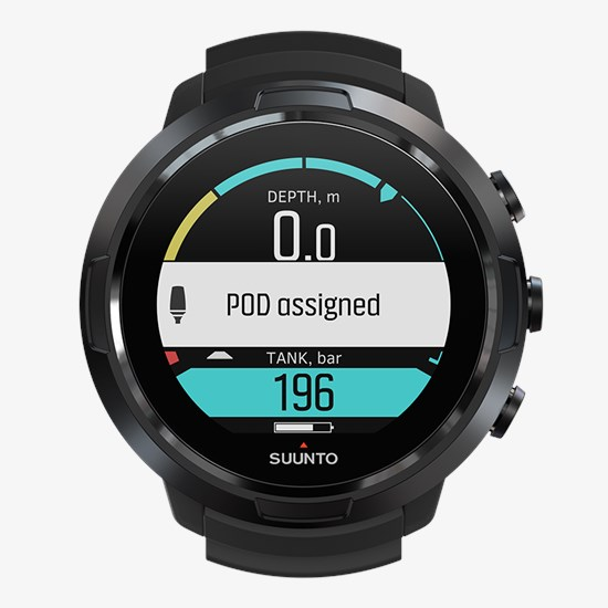 ss050192000-suunto-d5-all-black-front-view_pod-pairing-01